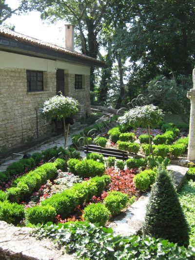 Сад болгарской королевы Марии Реджины,